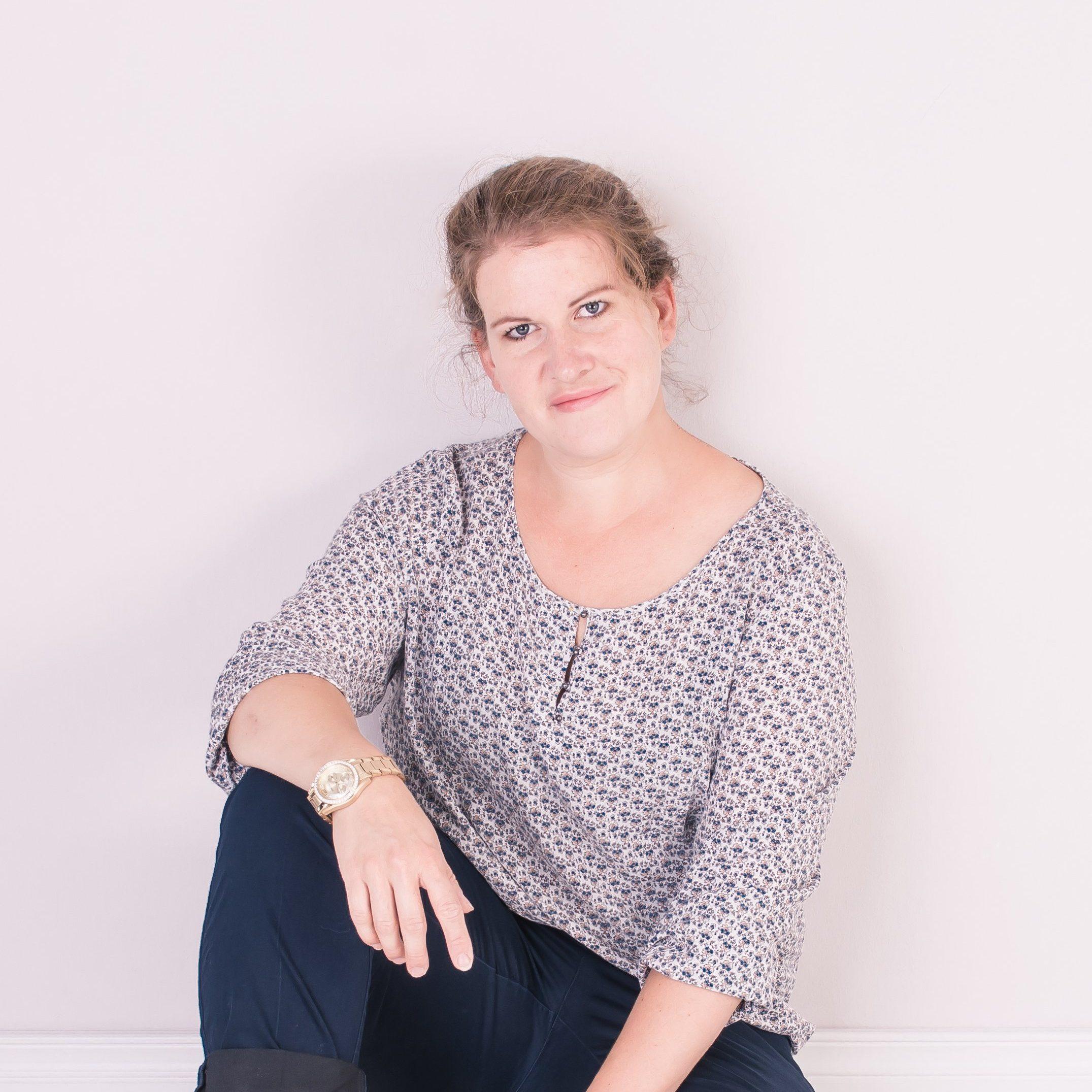 Claudia Radowski - Inhaberin Kunstgeschehen