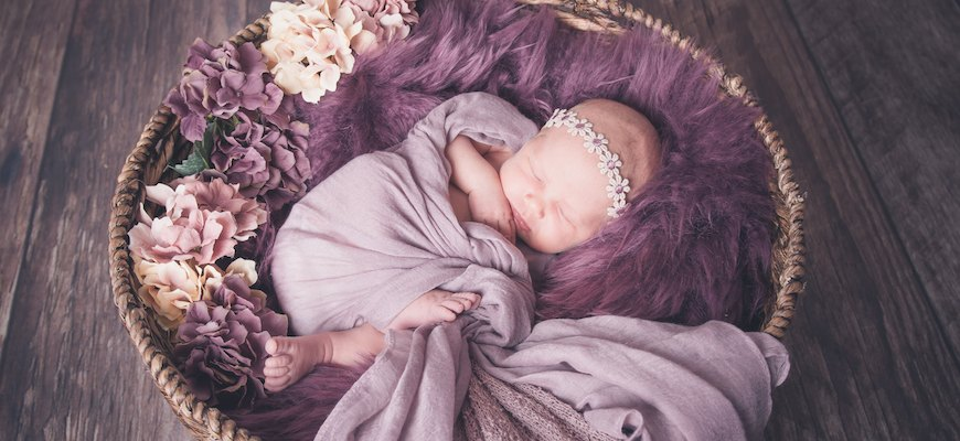 Babyfotos mit liebe bei der Babyfotografie