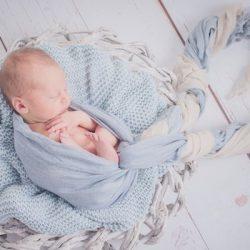 neugeborenenfotografie im Atelier kunstgeschehen